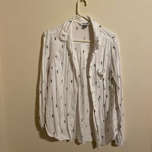 Cactus print button up. Old navy size M